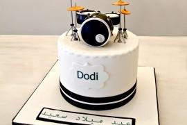 drum cake 2