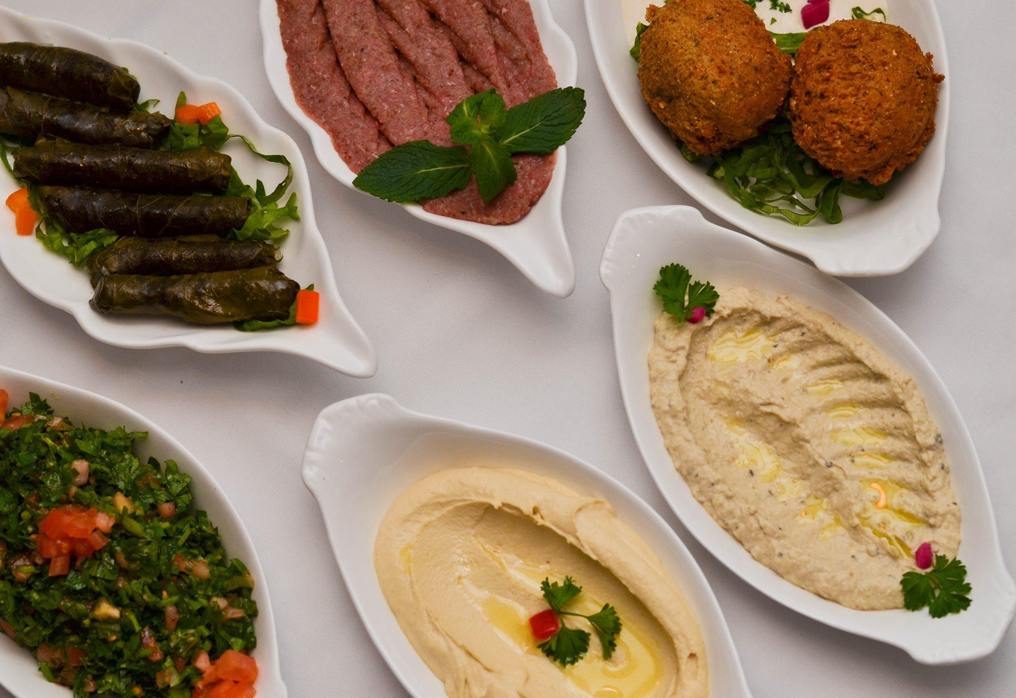 Aux lilas le bonheur d 39 tre chez soi un soir montr al - Cuisine libanaise montreal ...